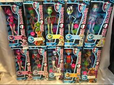 Monster High Swim Class Set of 9 plus Draculaura variant NEW