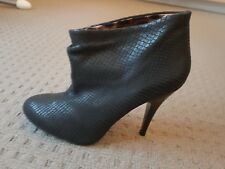 Limitted edition Steve Madden boots by Betsey Johnson size 7.5