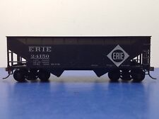 "HO Scale ""Erie"" 24150 2-bay Open Hopper Freight Train Car / Athearn Brand"