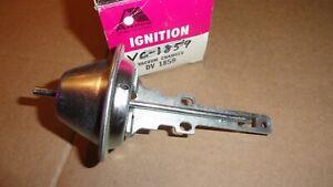 78-80 CHEVROLET CORVETTE 81-87 CAMARO DISTRIBUTOR VACUUM ADVANCE D1369A 1973624