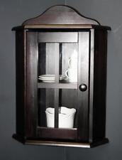 Möbel im Kolonialstil aus Kiefer fürs Wohnzimmer