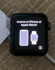  Apple Watch Series 3 38mm Cracked Glass Screen LCD Good for Parts Refurbished