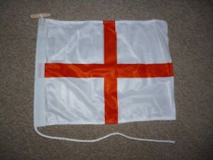Printed Double Thickness England Flag Rope & Toggle Fixing 30x40cms