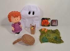 "RARE 2002 Halloween Ghost Costume Frieda 5"" Action Figure Peanuts Great Pumpkin"