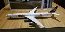 Herpa Lufthansa A340-642 1:200 558242 FC Bayern Munchen Diecast Metal Mod D-AIHK