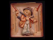 Hummel 93 Little Fiddler, Plaque TMK 1