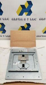 Hubbell Floor Box Cover CFB7CVRBLK