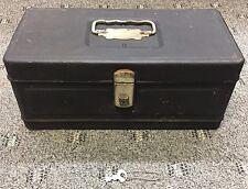 Vintage metal Climax Hamilton Metal Products Ohio fishing tackle box w/Key
