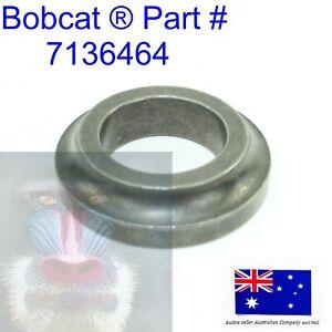 Weld On Outer Pivot Pin Bush fits Bobcat Bobtach 7136464 T750 T770 T870