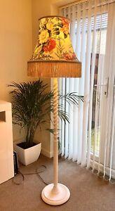 VINTAGE ANTIQUE BARLEY TWIST STANDARD FLOOR LAMP LIGHT + FRINGE SHADE