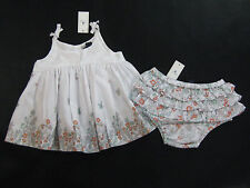 NWT Baby Gap Girls 18-24 Month Coral Cove White Flower Swing Top Ruffle Bloomers