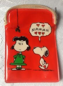 Vintage PEANUTS SNOOPY & LUCY Hallmark COIN CHANGE PURSE Japan 75XPF73-2