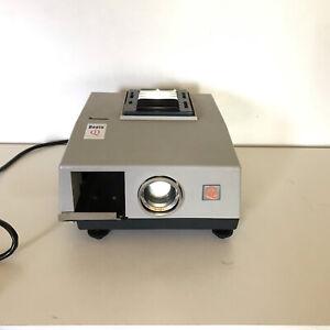 VINTAGE 60'S BOOTS QI SEMI-AUTOMATIC PRECISION COLOUR 35MM SLIDE PROJECTOR.