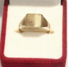 9ct Gold Signet Ring Size N