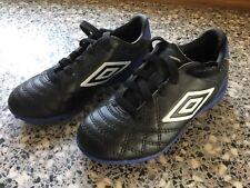 Boys Size 10 Umbro Football Boots Worn 3 Times Black, Blue