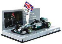 Mercedes Amg W05 Lewis Hamilton w/ Figurine & Flag Winner Abu Dhabi Gp 2014 1:43