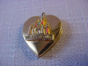 Walt Disney Vintage DISNEYLAND Sleeping Beauty's Castle Locket Gold tone Heart