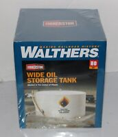 Walthers Cornerstone HO Scale Building/Structure Kit Wide Oil Storage Tank 3167