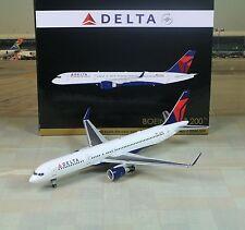 Gemini Jets Delta (N6702) Boeing B757-200W 1/200