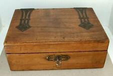 Belle boite à bijoux ancienne avec Miroir et clé