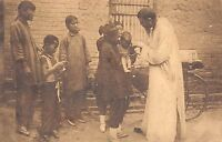 BR64927  a small Chinese moribund baptized in the street china