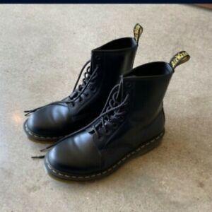 Dr Martens boots women's size 9