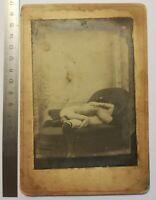 V01 CPA curiosa pornographique circa 1900 lesbiennes 69 - sur carton 13x8,5 cm