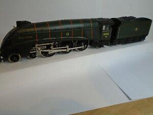 Hornby R 350 BR green Class A4 4-6-2 Mallard loco 60022 Runs Well BOXED (3.9)
