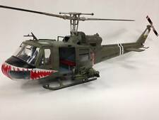 JSI - MERIT 1:18 UH-1B 174th ASSAULT HELICOPTER, SHARK, HUEY VIETNAM HELICOPTER