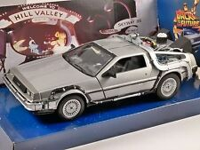 DELOREAN Time Machine BTTF 2 Back To The Future 1/24 scale model by WELLY