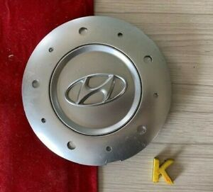 #K (1) 03 04 Hyundai Tiburon alloy wheel center cap 52960-2C600