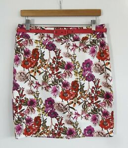 REVIEW // Size 12 // Gorgeous White Floral Stretch Cotton Belted Skirt