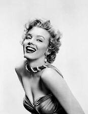 MARILYN MONROE 8x10 PICTURE BEAUTIFUL BREASTS PHOTO