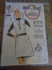 PATRON VINTAGE  MODES ET TRAVAUX ROBE CHASUBLE ANNEE 1960  TAILLE 40
