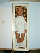 Sasha #101 Doll Honey Blonde Hair Silk Dress 16 in Doll Vintage 1982 Mfg England