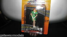 MOTORHEAD 1/18 TRIXIE GREEN DRESS FIGURINE DIORAMA  MODEL CAR DISPLAY #340