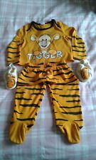 "INFANT,""DISNEY BABY"",ORANGE,TIGGER,PAJAMAS SET W/ MATCHING SHOES AGES 9-12 month"