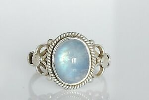 Beautiful Sterling Silver & Oval Moonstone Floral Cocktail Ring UK Size P