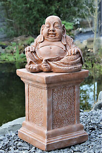 Buddha mit Säule in Terrakotta, Garten-figur Statue Garten-deko Stein-figur