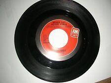 Pop 45 Lani Hall - Never Say Never Again (James Bond Theme) A&M VG+ 1983