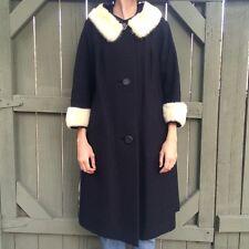 RARE Vintage1950s/1960s black peacoat with white fur trim! M/L