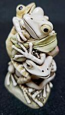 Harmony Kingdom Treasure Jests Menage A Trois Frog Trinket Box Figurine -England