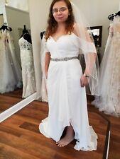 Mori lee wedding dress size 14 includes belt