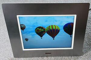 Hitachi 8 Inch TFT LCD Digital Photo Frame HDF-8086 with original box and PSU