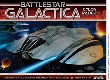 MOEBIUS 941 Battlestar Galactica Original Cylon Raider plastic model kit 1/32
