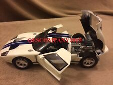 Motormax 1:12 Scale Die-Cast Collection Ford GT Concept (WHITE)