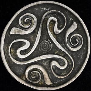 Triskele Symbol Infinity Knot Irish Celtic Hippie Gift 70s Vintage Belt Buckle