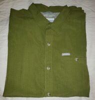 Columbia Men's Size XL Green Short Sleeve Shirt Omni-Shade Casual Button Down