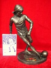 GEORGE BEST RARE LTD EDITION FIGURE SCULPTURE 'IN ACTION' BY LEGENDS FOREVER NEW