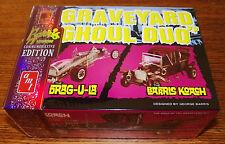 AMT Munsters TV Show Graveyard Ghoul Duo Drag-U-La, Koach Car Model Kit 1/25